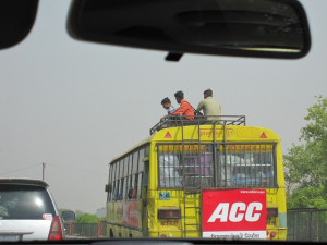 new-delhi-agra-car-006