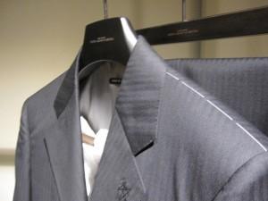 giorgio-armani-order-suit2-004