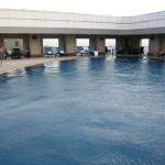 shangrila-taipei-rooftop-pool-005