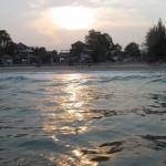 アリーンタ ホア ヒンで海を楽しむ!