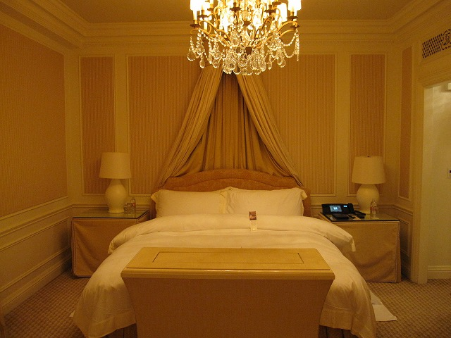 st-regis-nyc-astor-suite-017