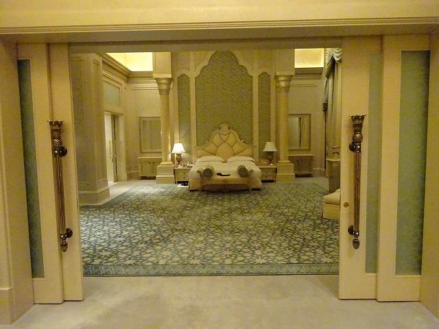 emirates-palace-daiamond-suite-013