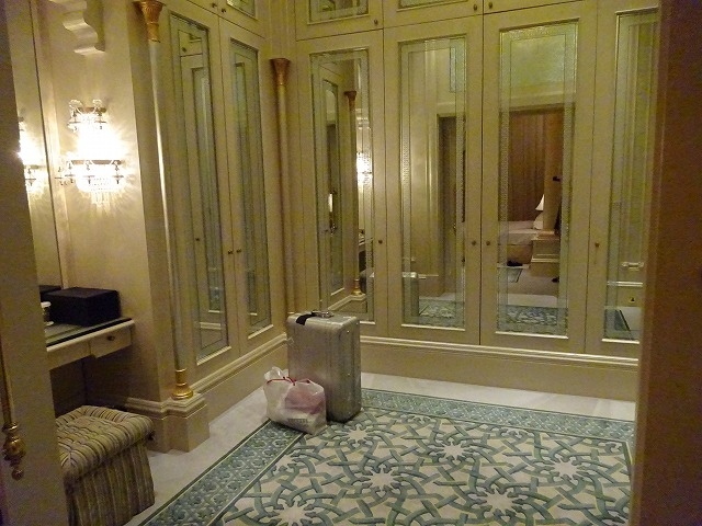 emirates-palace-daiamond-suite-020
