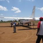 ナイロビ ジョモ・ケニヤッタ国際空港からロイサバへ