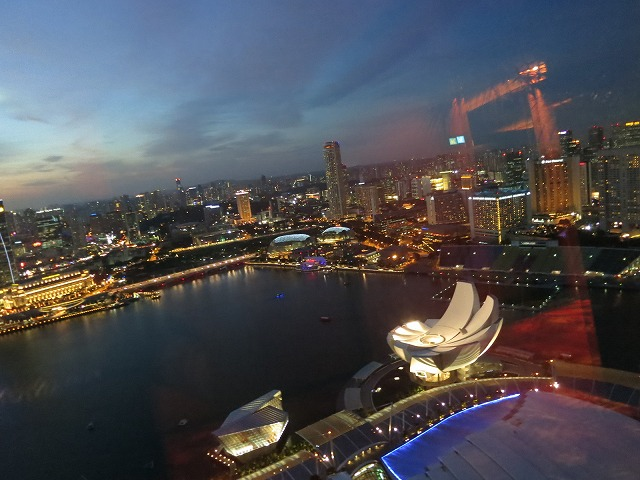 marina-bay-sands-pool-001