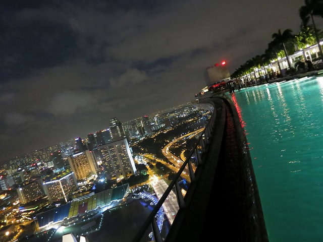 marina-bay-sands-pool-013