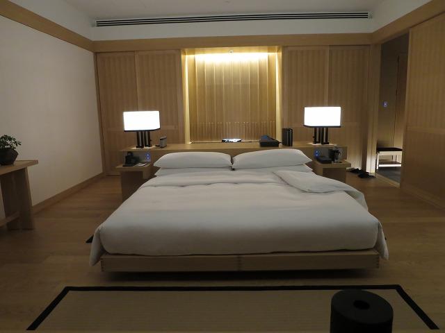 aman-tok-corner-suite-004