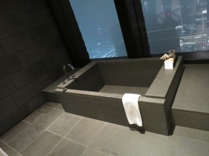 aman-tok-corner-suite-021