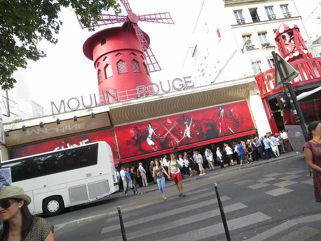 moulin-rouge-vip-002