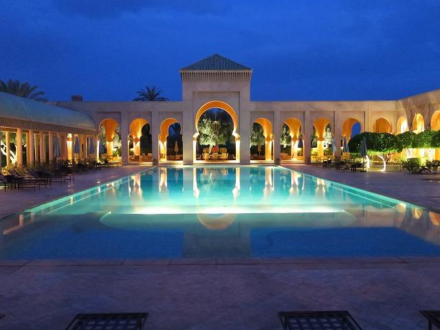 amanjena-pavilion-piscine-015